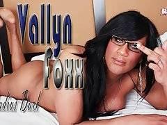 Sexy T-Ebony Vallyn Foxx Starts Solo Show 1