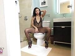 Natalia Showers!